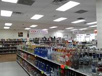 fantastic liquor store-super location-gotta - 1