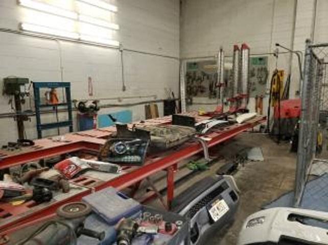 auto collision body shop - 4