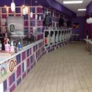 independent frozen yogurt store - 1